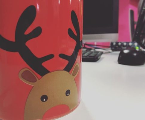 #lifeat650 #mug #christmas #red #coffee #morning #thursday #thursdaymorning #radio #radiolife #coffeelover